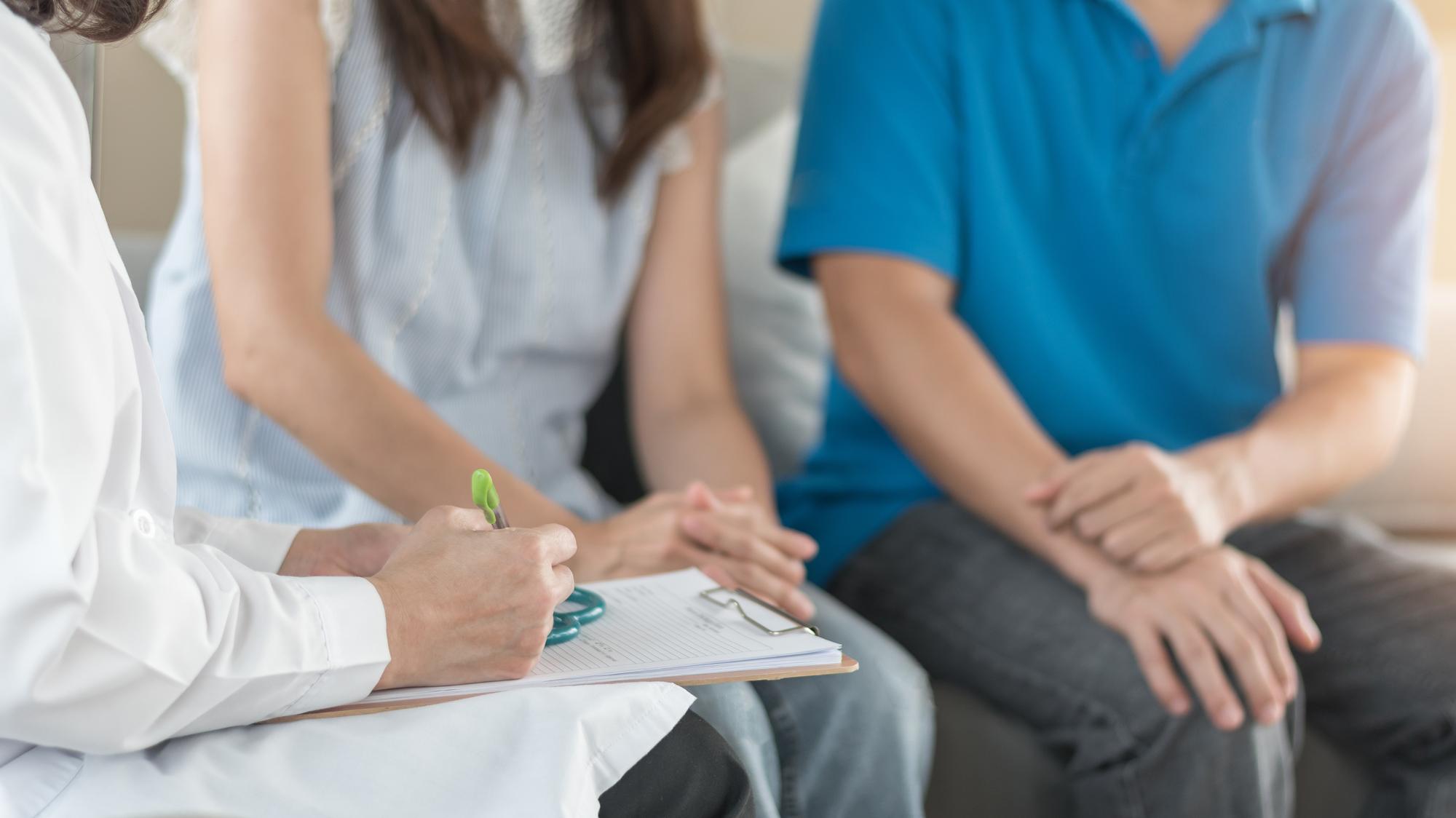 排卵日を知る方法【1】医療機関での検査によるタイミング療法